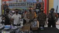 Dua Buruh di Blitar Tertangkap Tangan Menjual Bubuk Petasan
