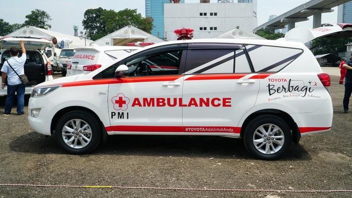 Kijang Innova Jadi Mobil Ambulans