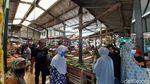 Ramainya Pasar Jengkol di Gunung Sindur saat PSBB