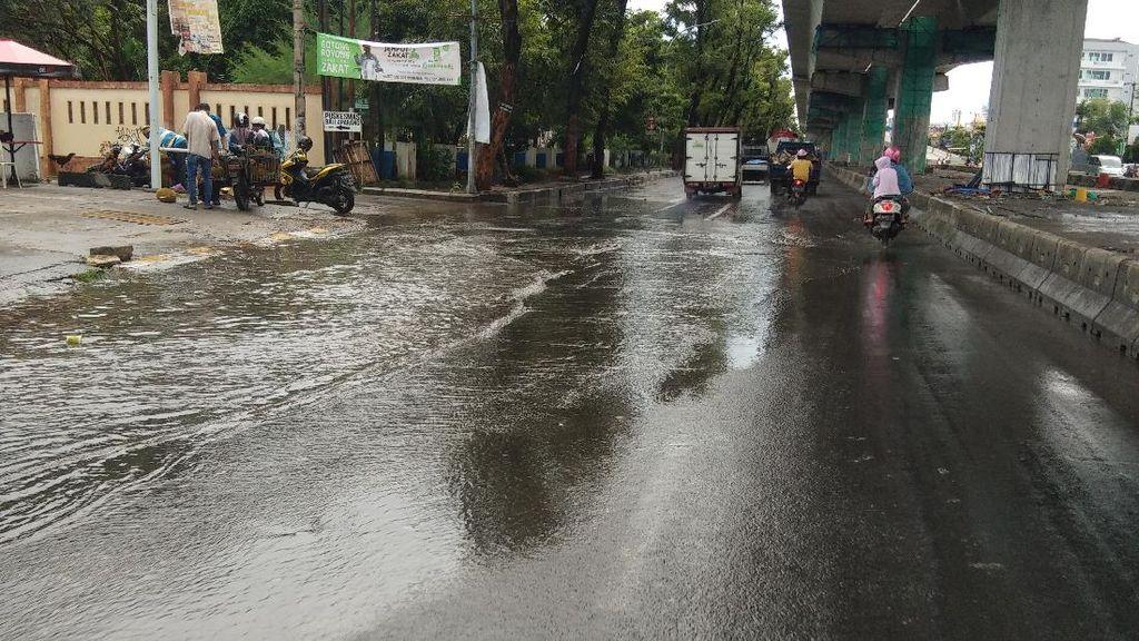 Diguyur Hujan Lebat, Pria di Makassar Tak Sadar Rumahnya Kebanjiran