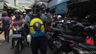 Saat Minion Jalan-jalan ke Pasar Jatinegara