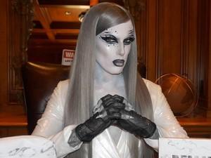 Jeffree Star Jadi Kontroversi Setelah Rilis Makeup Bertema Kematian