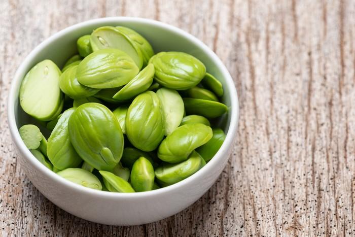 Stink Beans , Parkia speciosa seeds or bitter bean.