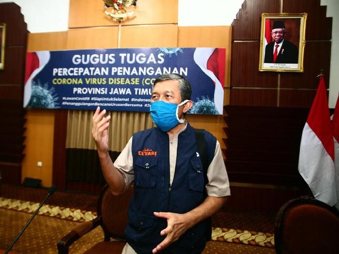 Ketua Rumpun Tracing Gugus Tugas Penanganan COVID-19 di Jatim dr Kohar Hari Santoso