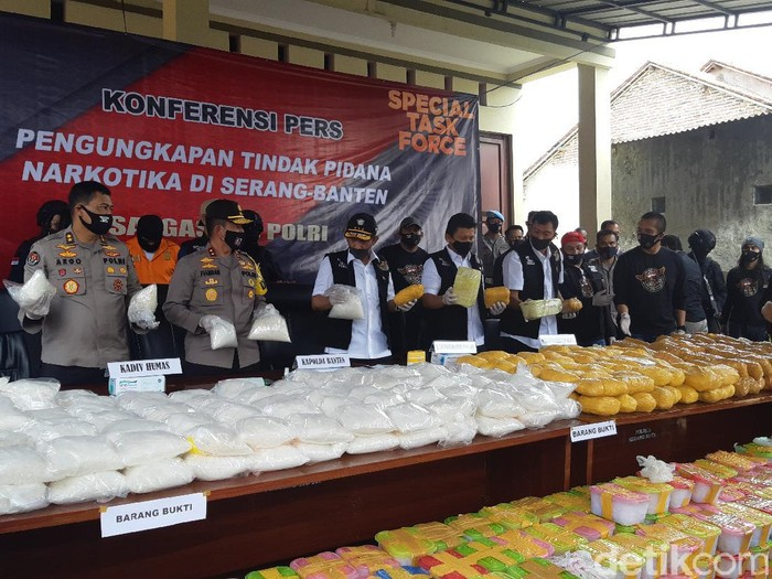 Sabu di Serang Banten