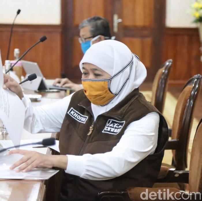 Masih banyak masyarakat yang melanggar PSBB Surabaya Raya. Dalam PSBB jilid 2, ada 845 KTP pelanggar yang disita Satpol PP.