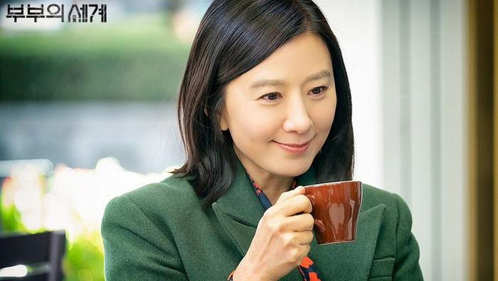 Belanja Ikan di Kroasia, Begini Cara Kim Hee Ae The World of The Married Minta Diskon