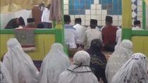 Jemaah Tarekat Naqsabandiyah Rayakan Idul Fitri dan Salat Hari Ini