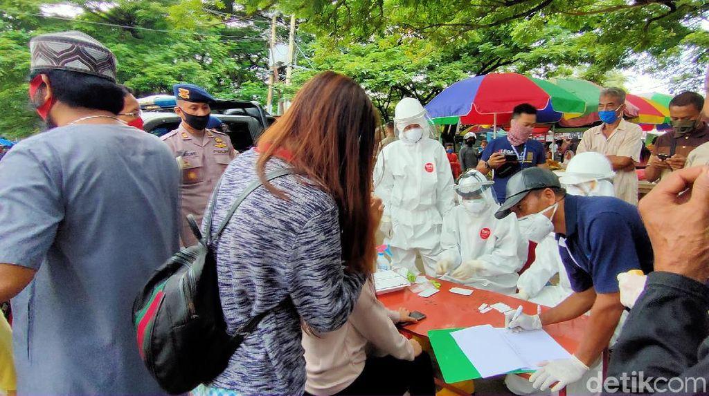 Rapid Tes Digelar di Pasar Sentral Watampone, 6 Orang Reaktif Corona
