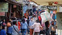 Video Pasar Tanah Abang Ramai Diserbu Emak-emak Sehari Jelang Lebaran