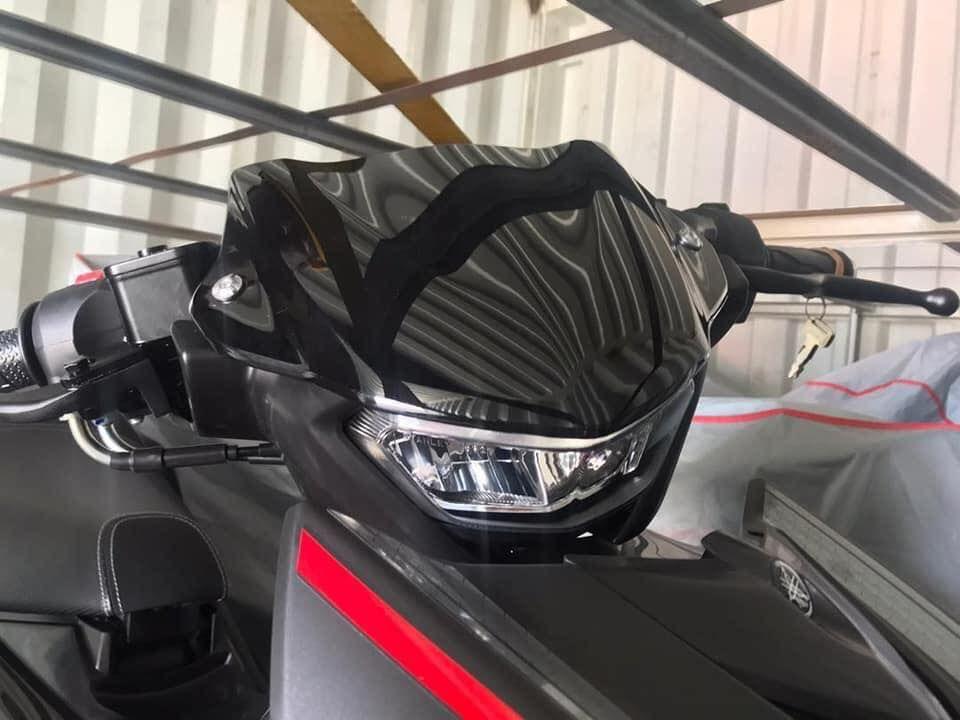 Desain headlamp Yamaha MX King generasi ketiga