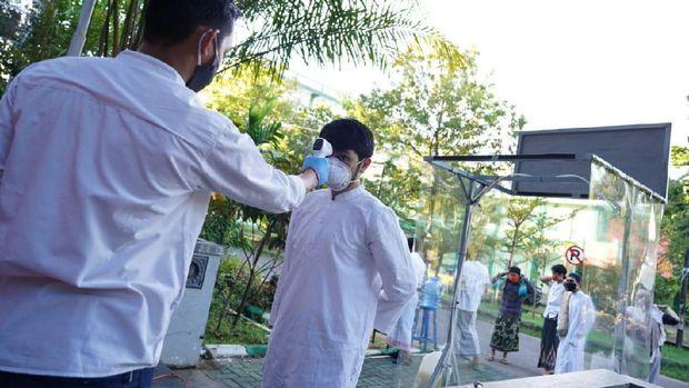 Relawan Corona di Makassar gelar salat Id di kampus