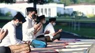 Video Presiden Jokowi Tetap Salat Id Berjemaah di Tengah Pandemi