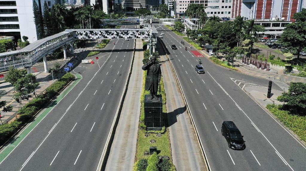 Potret Lengang Jalanan Protokol di Jakarta