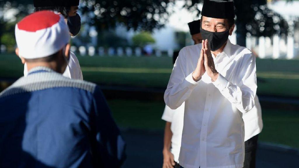 Presiden Jokowi Salat Id Berjemaah di Tengah Pandemi