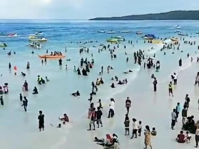 Viral video Pantai Tanjung Bira dibuka setelah hari Lebaran ternyata hoax (Screenshot video viral)