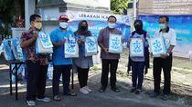 Lebaran Ikan, KKP Bagikan Paket Ikan Segar & Sembako