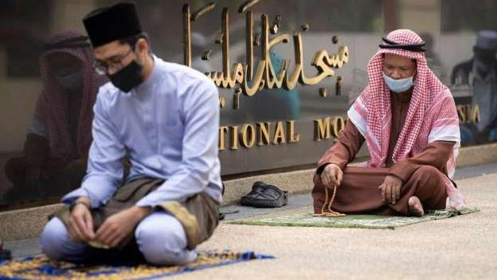 Suasana perayaan Idul Fitri di sejumlah negara di tengah COVID-19.