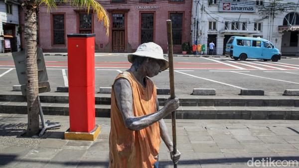 Tahun ini, pemerintah yang menghapus cuti bersama Idul Fitri karena pandemi Corona membuat tempat wisatawan kosong.