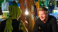 Momen Seru Gordon Ramsay ke Sumbar, Jelajah Pasar hingga Ikut Pacu Jawi