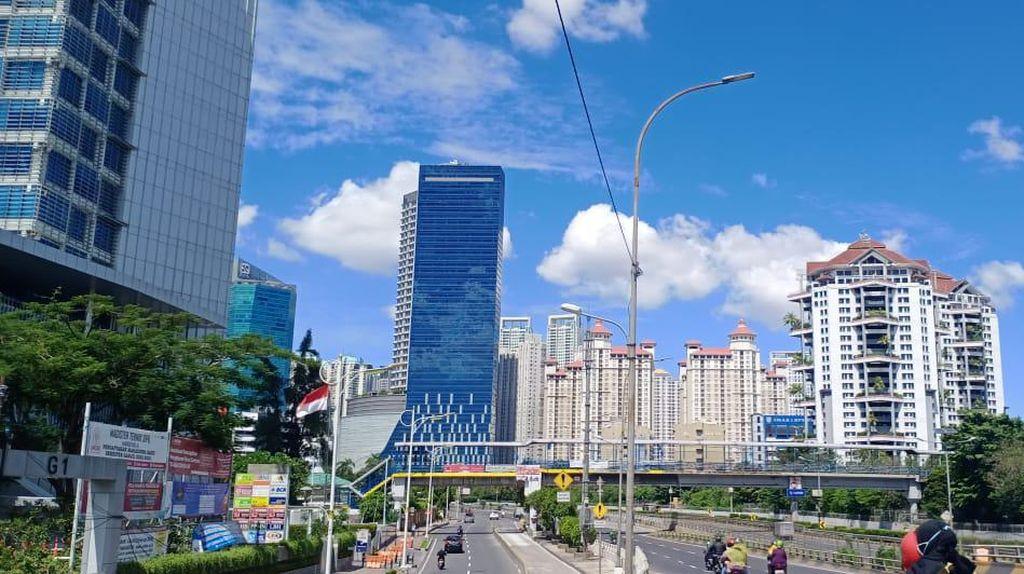 Langit Jakarta Biru Cerah, Pemprov: Udara Lebaran Terbaik Sejak 5 Tahun