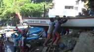 Prakiraan Ombak Tinggi, Puluhan Kapal Nelayan Pantai Baron Dievakuasi