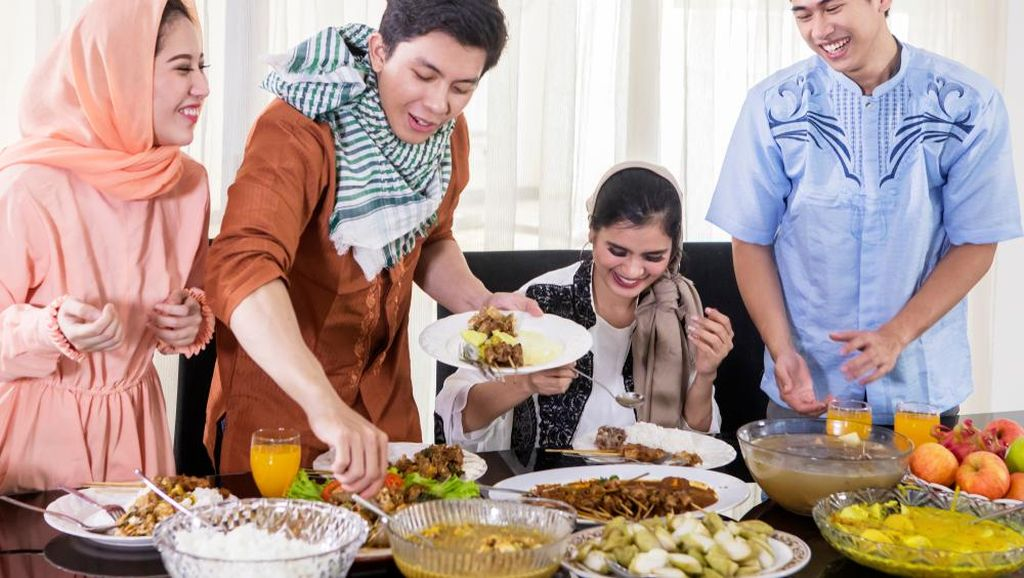 3 Cara Cepat Turunkan Kadar Kolesterol Setelah Lebaran
