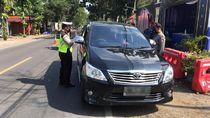 6 Jam, Petugas Gabungan Memutar Balik 16 Kendaraan di Pantura Bojonegoro