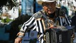 Potret Pemusik yang Iringi Prosesi Pemakaman di Meksiko