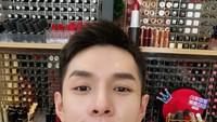 Si Raja Lipstik, Pria Ini Sukses Jual Online Rp 26 M dalam Sehari