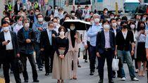 Status Darurat Corona Dicabut di Tokyo, Warga Padati Jalan dan Stasiun