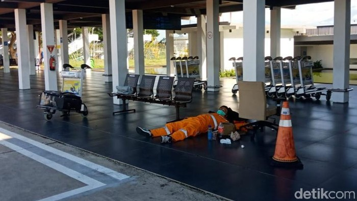 tka china pulang lewat bandara banyuwangi