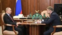 Putin Kembali Berkantor di Kremlin di Tengah Lockdown Corona