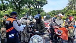 Tiga Jam Hari Pertama PSBB Surabaya Raya Jilid 3, 51 R2 Putar Balik