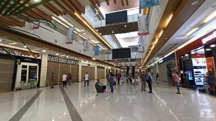 Suasana Mal Summarecon Bekasi