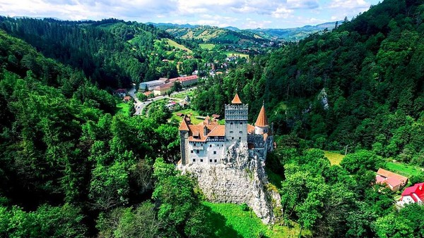 Rumania adalah negara yang terletak di Eropa Tengah dan Tenggara, di bagian utara Semenanjung Balkan dan berbatasan dengan Laut Hitam. Istimewa/Ro Insider/romania-insider.com