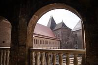 Rumania terkenal dengan banyaknya bangunan kastil yang ada disana. Seperti Bran Castle, Castelul Corvinilor dan Castelul de Lut Valea Zanelor. Istimewa/Robert Spasiuk/rove.me