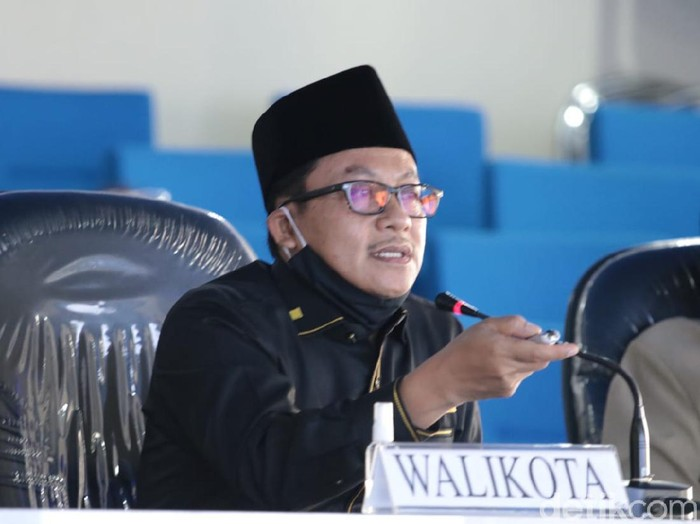 Wali Kota Malang Sutiaji
