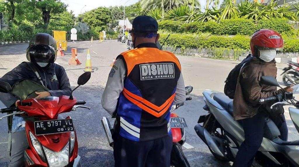 1.161 Personel Polda Jatim Diterjunkan Amankan PSBB Surabaya Raya Jilid 3