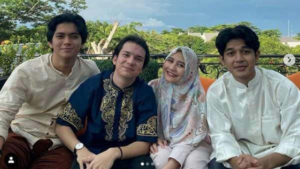Gaya Lebaran Prilly Latuconsina hingga Reuni dengan Bintang Get Married