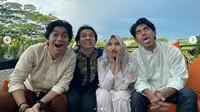 Namun pada Lebaran hari kedua, ia bertemu denganEndy Arfian, Ajil Ditto dan Debo.Dok. Instagram/prillylatuconsina