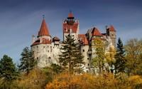 Kastil Bran, yang terletak di daerah Bran, Transylvania merupakan kastil yang dianggap sebagai inspirasi Bram Stoker untuk dijadikan setting istana tempat tinggal Count Dracula. Istimewa/dok.bran-castle.com