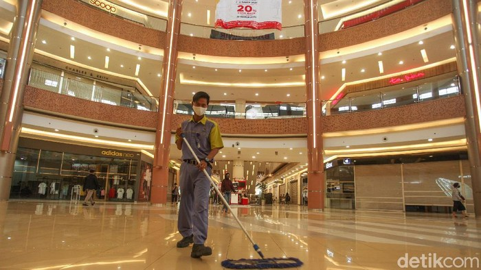 Summarecon Mall Bekasi bakal segera beroperasi penuh. Hal itu dilakukan secara bertahap mulai 8 Juni 2020. Berikut suasana terkininya.