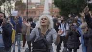 Polisi Tembakkan Water Canon Bubarkan Massa Anti-lockdown di Belgia