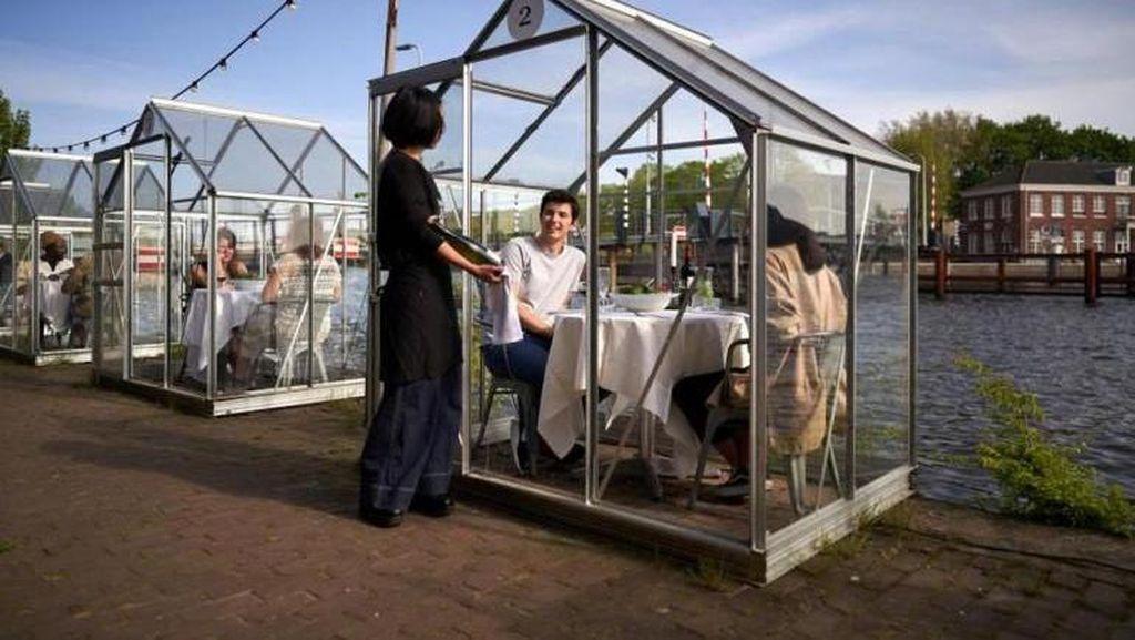 Trik Restoran di Dunia yang Mulai Beroperasi dengan Sistem New Normal