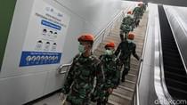 TNI Keluar Barak Kawal New Normal