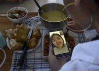 Sebelum adanya ajakan untuk hidup berdamai dengan COVID-19 dari Presiden, Indonesia telah menghadapi berbagai keadaan new normal lainnya.