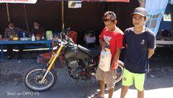 Paksa Terobos Posko Corona di Sinjai, Dua Remaja Bawa 5 Liter Tuak Diamankan