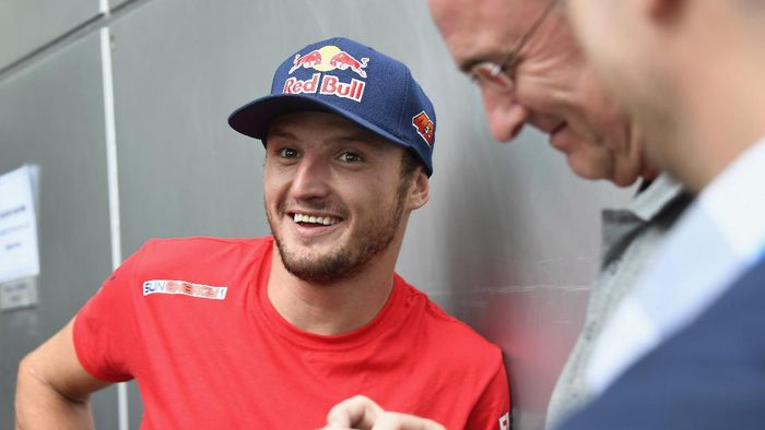 KUALA LUMPUR, MALAYSIA - FEBRUARY 07:  Jack Miller of Australia and Pramac Racing speaks with journalists during the MotoGP Pre-Season Tests at Sepang Circuit on February 07, 2020 in Kuala Lumpur, Malaysia. (Photo by Mirco Lazzari gp/Getty Images)
