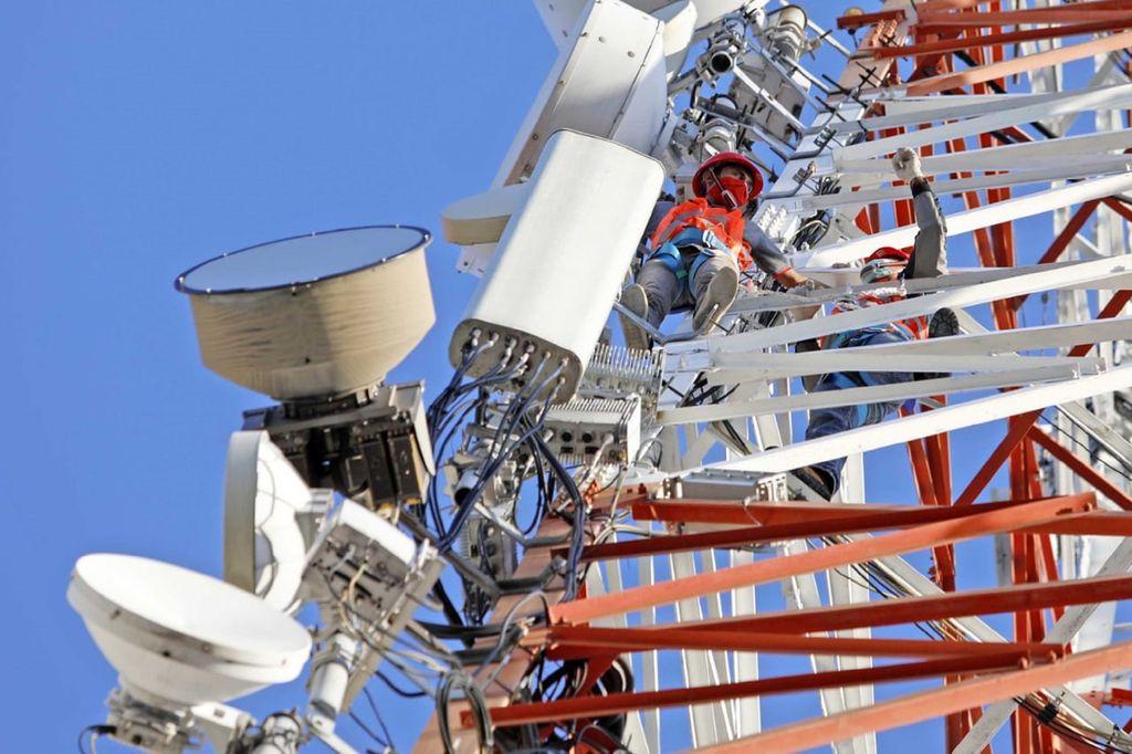 Selama momen Ramadhan dan Idul Fitri 2020, Telkomsel mencatat layanan berbasis data mencapai 26,7 petabyte atau meningkat sebesar 22,8% jika dibandingkan hari normal di tahun 2020.